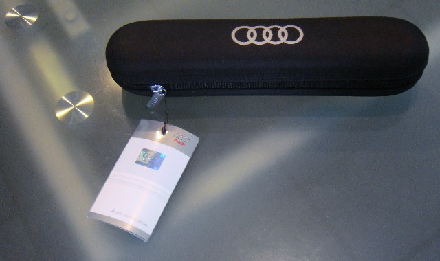 Got It Audi OEM UMBRELLA For Drivers Seat Box Other OEM - Audi umbrella