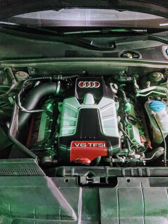 Carbon_pieces_engine