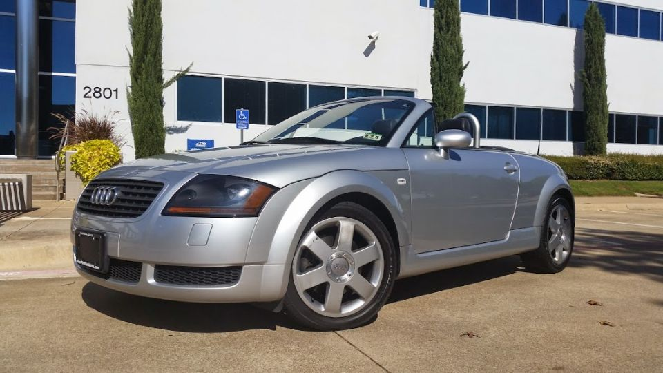 2002 Audi TT Roadster headlights and rims