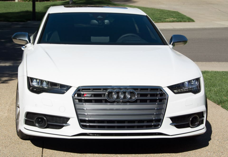 How To Replace 2016 S7 Facelift Stock Grill With RS7 ...