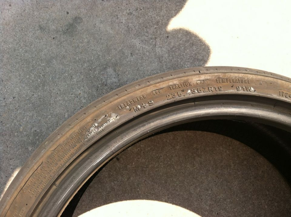 Problem with Goodyear Eagle GT 235/35 19 sidewall bubbling ...