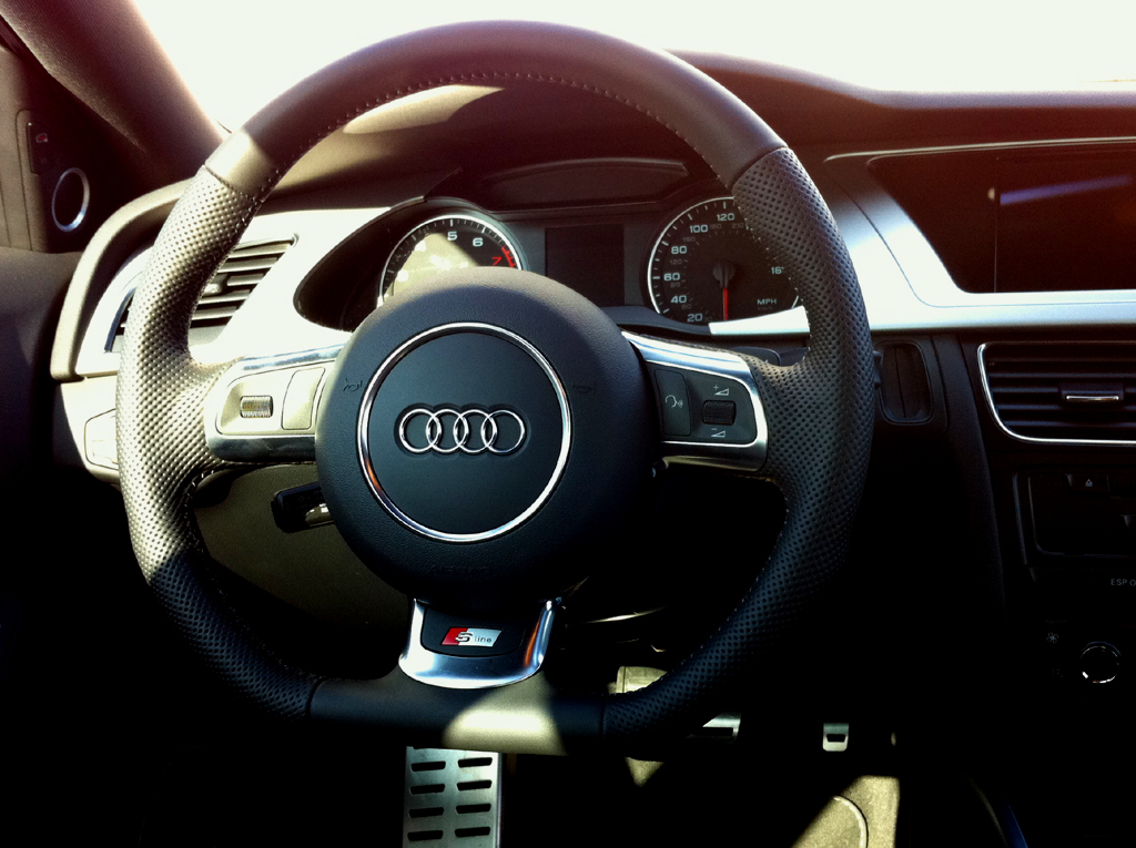 R8 Rs6 Ttrs Steering Wheel On A B8 A4 Audiworld Forums