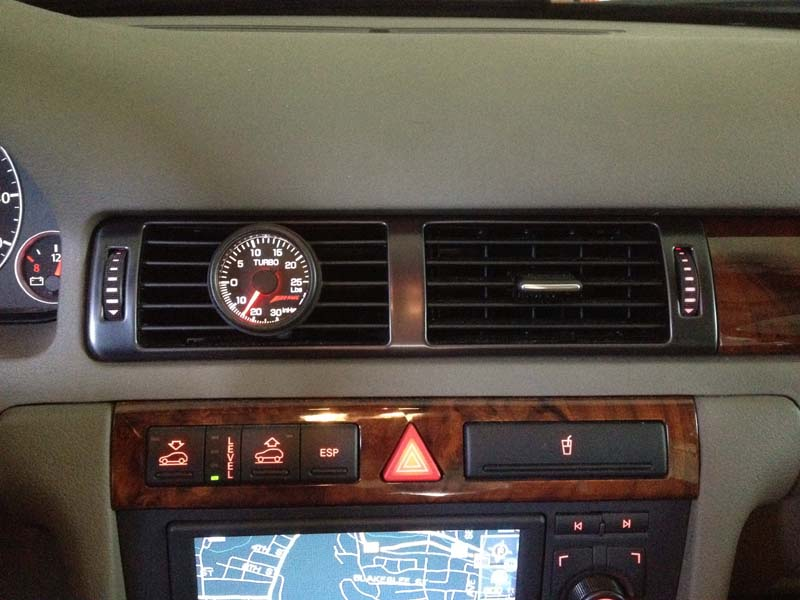 Allroad With Awe Center Vent Boost Gauge