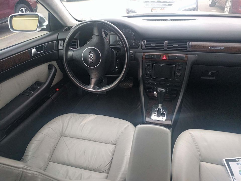 2002 S6 interior