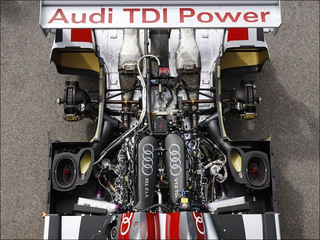 Audi R10 TDI - 1024x768