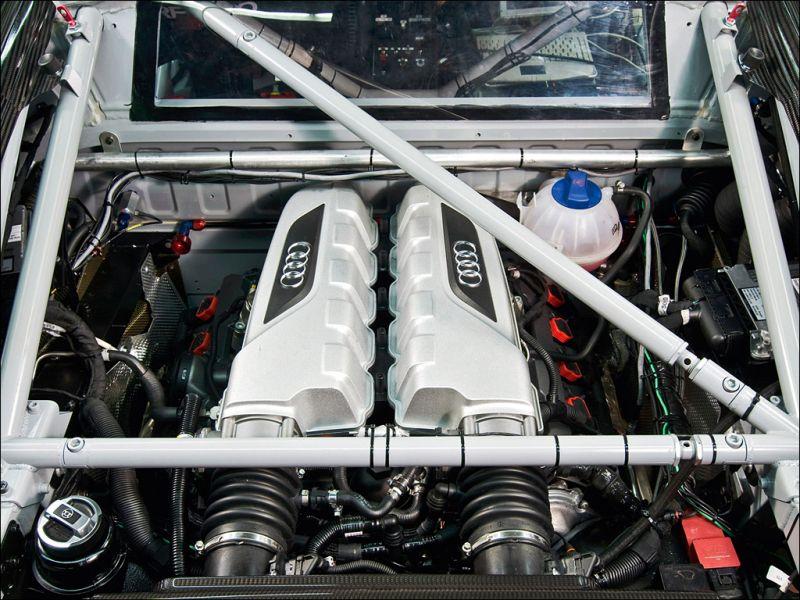 The Audi R8 LMS powerplant - 1024x768