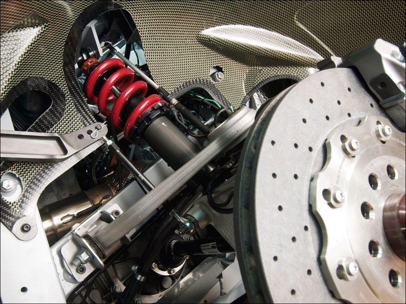The Audi R8 LMS suspension system - 1024x768