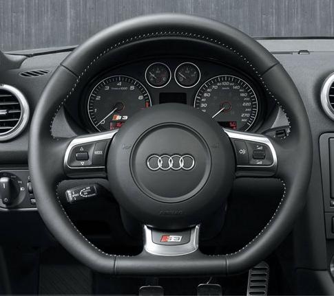 11288S3_Steering_Wheel