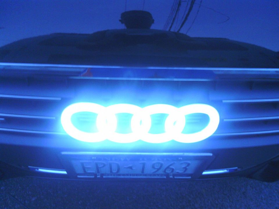 led audi emblem audizine photo gallery. Black Bedroom Furniture Sets. Home Design Ideas