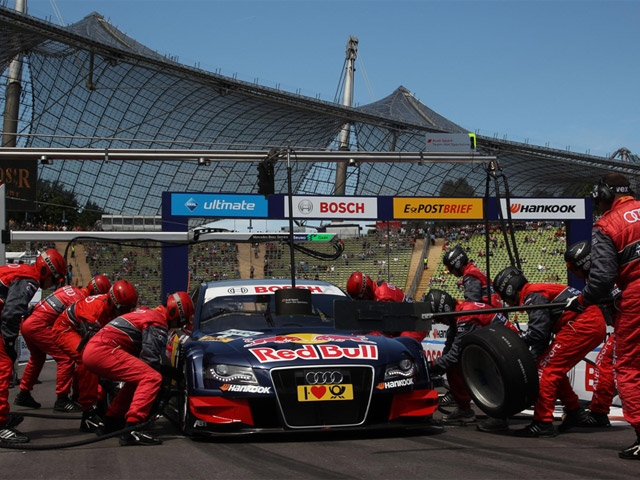 Audi racer Mortara shines at Sports Arena