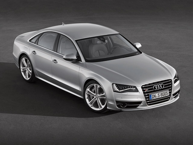 The Audi S8 - luxurious sportiness