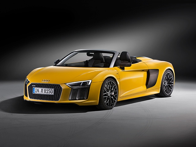 Dynamic driving open to the sky - the new Audi R8 Spyder V10