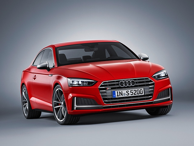 Sporty elegance - the new Audi A5 and S5 Coupé