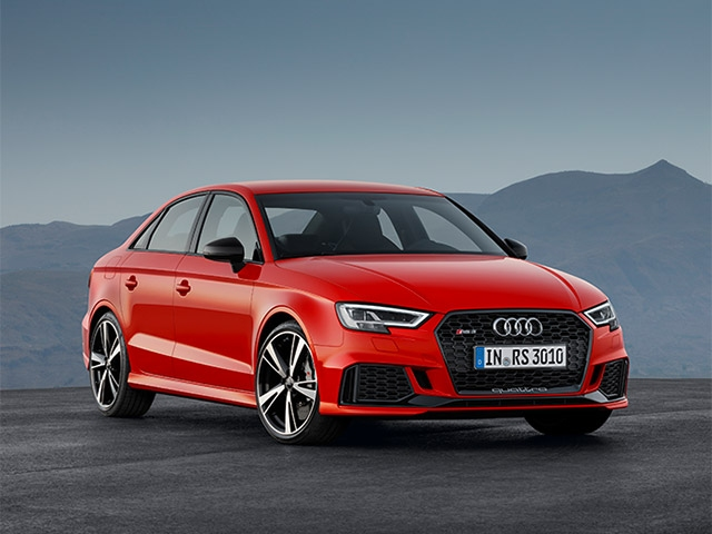 Pole position in the compact segment: The Audi RS 3 Sedan