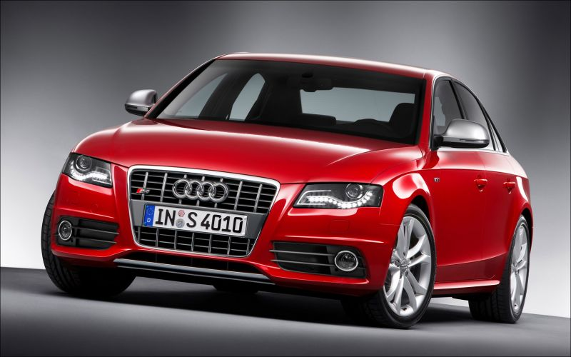 Audi B8 S4 - 1680x1050