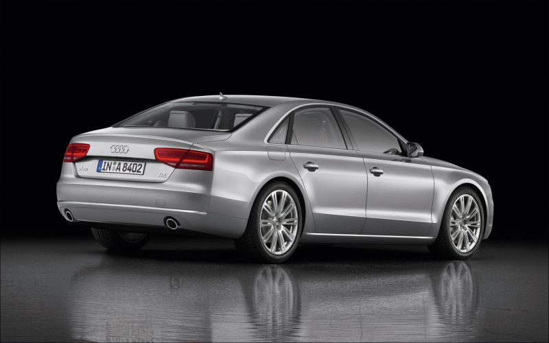 Audi A8 - 1680x1050