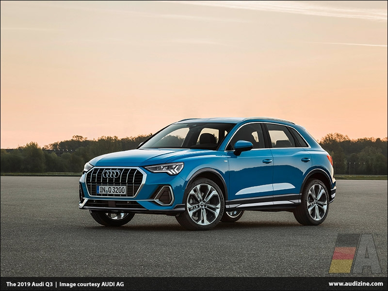 The 2019 Audi Q3, Turbo Blue - AUDI AG