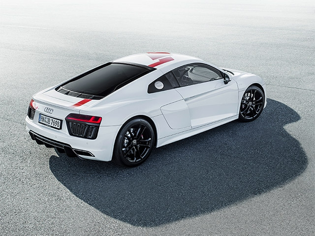 Puristic driving dynamics: the new Audi R8 V10 RWS